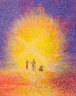 En Jésus, transfiguré sur la montagne, Pierre, Jacques et Jean ont été éblouis par la lumière de Dieu